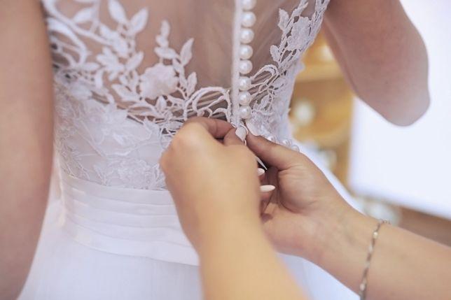 Suknia ślubna 34/36 biała