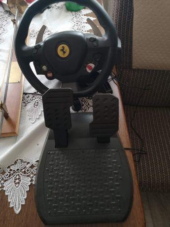 Kierownica do gry, szabla, xbox 360 i sprica do kiełbasy
