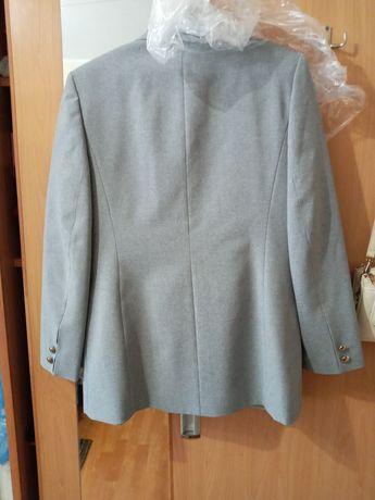 Продам піджак жіночий.