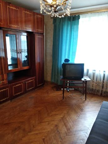 Ул.Стадионная ,13 двухкомнатная квартира