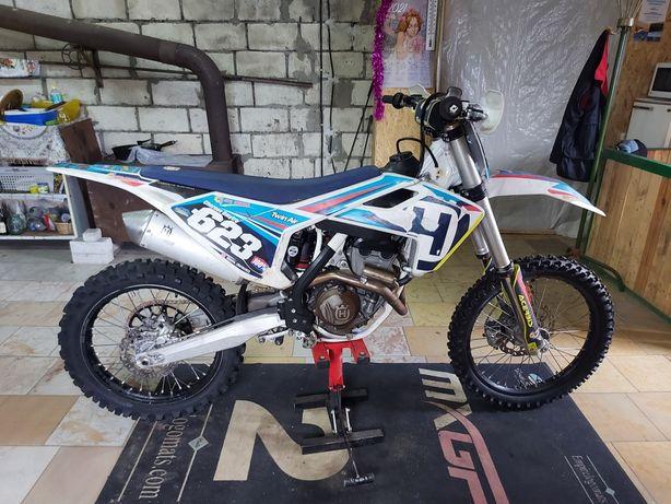 Продам кроссовый мотоцикл
