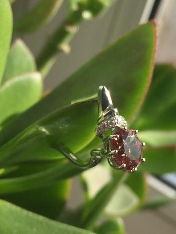 Серебряные серьги.Камень султанит,меняет цвет