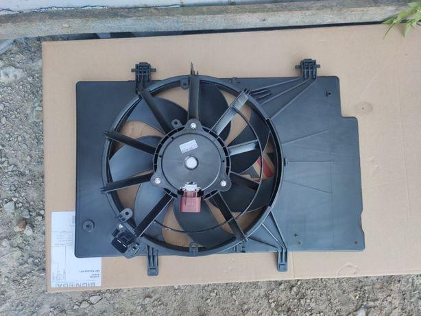Диффузор (вентилятор) радиатора Ford Fiesta 2008-2017