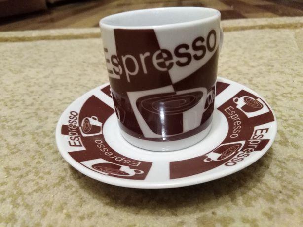 Продам новый фарфоровый кофейный сервиз