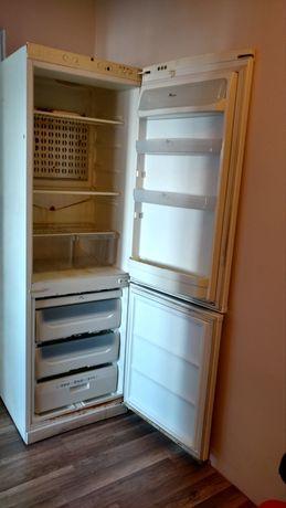Холодильник Whirlpool - нерабочий