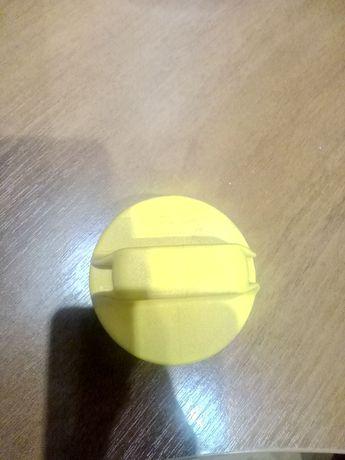 Продам масляную крышку с трещеткой(пробку)