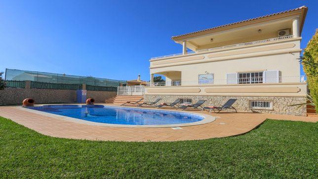 Vivenda V5 c/ Piscina p/ Férias. Albufeira-Algarve.