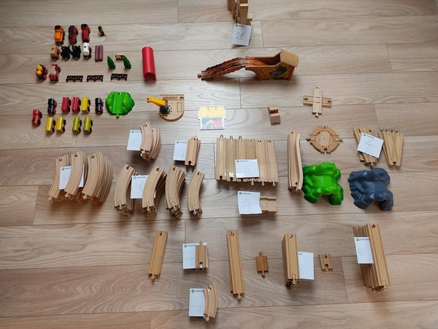 Tory drewniane Brio