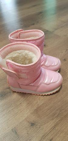 Продам чобітки на дівчинку