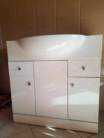Movel casa de banho com lavatório