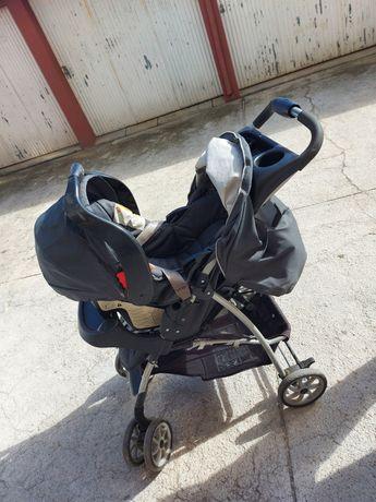 Carrinho de bebé + ovo/cadeira de carro