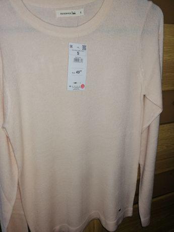 Brzoskwiniowy sweterek Reserved rozmiar S