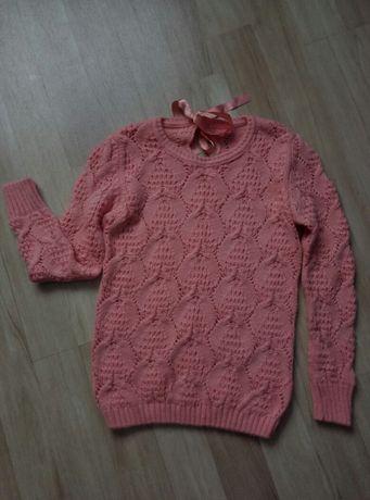 Новый  вязанный  свитер 46-48р  Пр-во Турция