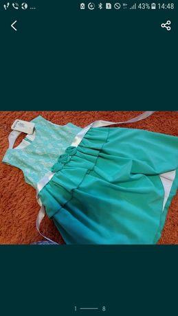 Нарядное  новое платье сарафан фирменное Mevis 4 -7 лет