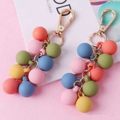 """Брелок из полимерного пластика """"Разноцветные шары"""" (для сумки, ключей)"""