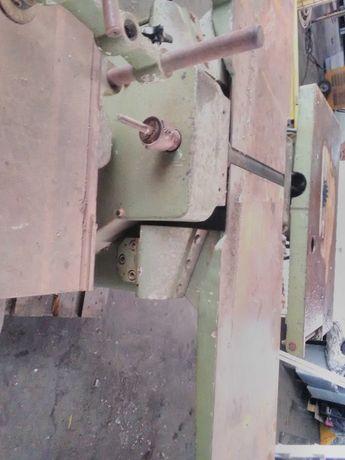 Máquina de madeira universal pinheiro