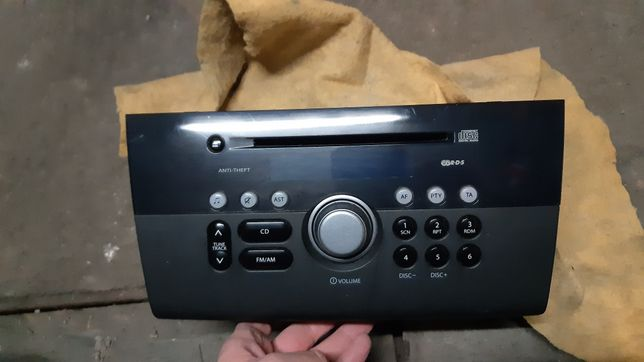 Oryginalne radio Suzuki Swift
