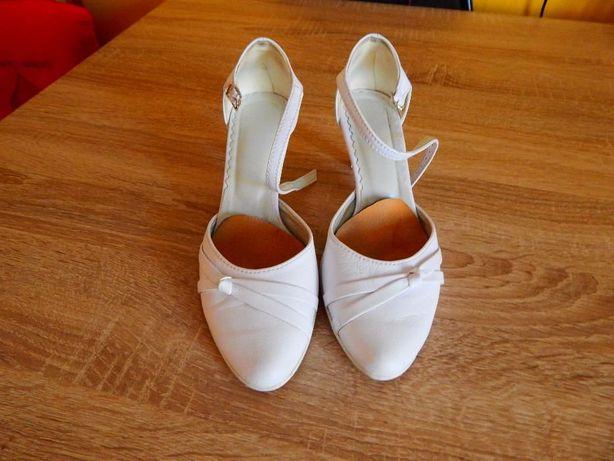 buty ślubne białe r. 36 + gratis