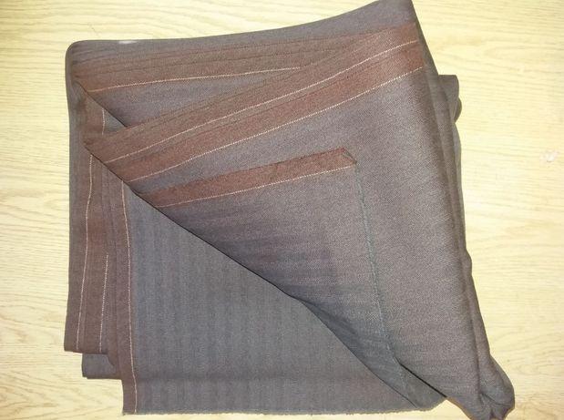 Ткань костюмная, шерсть- 5 метров (длина) х 1м.40 см. ,цвет-коричневый