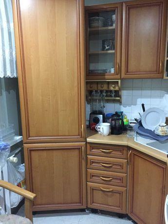 meble kuchenne plus wyposażenie