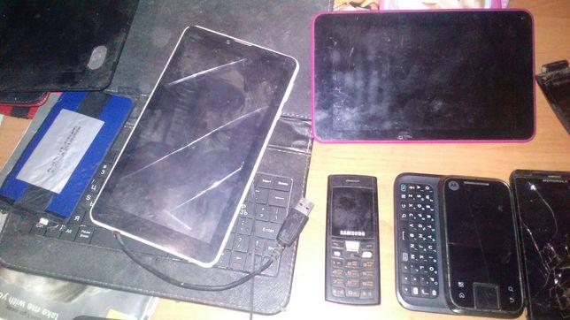 Продам на запчасти планшеты и мобилки