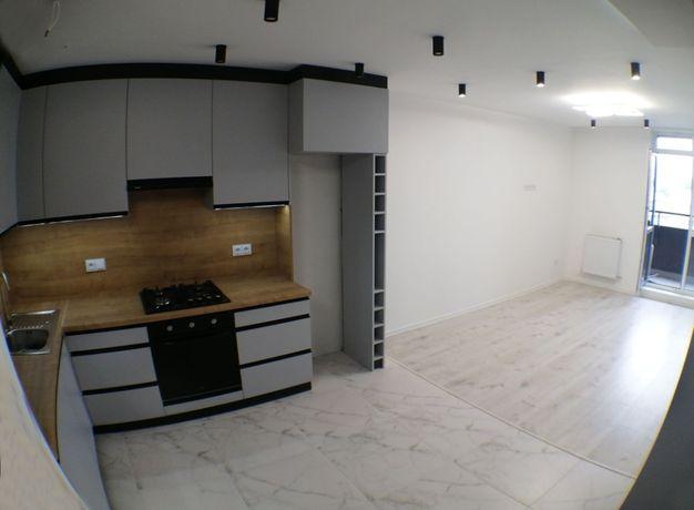 Новобудова ЖК Авалон 1 кім.кв. + кухня студія на вул. Зелена