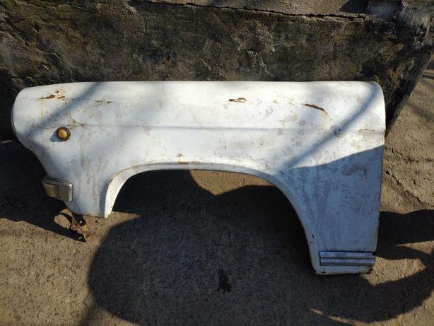 Крылья, двигатель, двери, крыша, документы, мост, балка, рессоры газ21