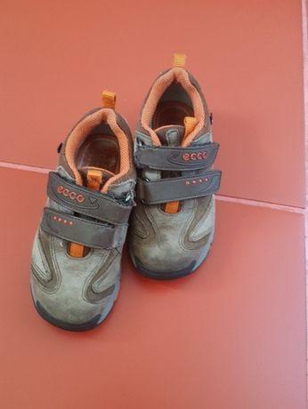 Buty chłopięce ECCO r. 28