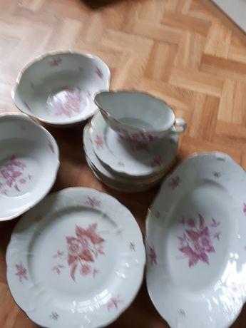 Набор посуды фарфор.18  предметов