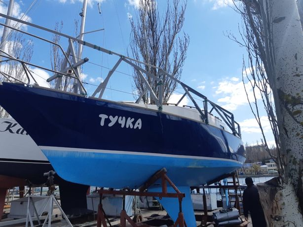 Парусная яхта «Тучка»