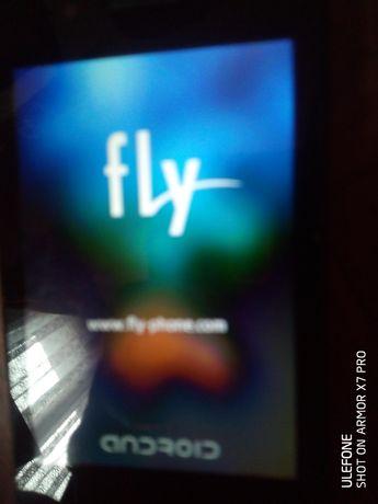 Продам або обміняю щось робоче смартфон fly IQ 436i