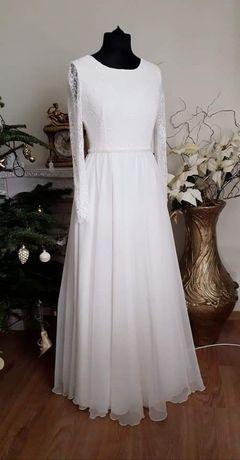 Suknia ślubna - zwiewna i romantyczna