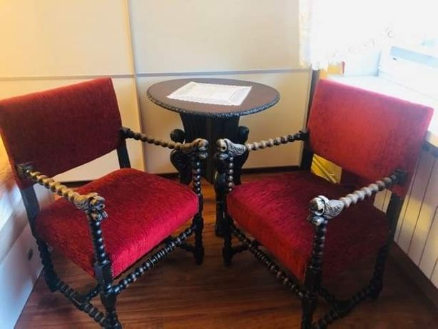 Stół fotele antyk