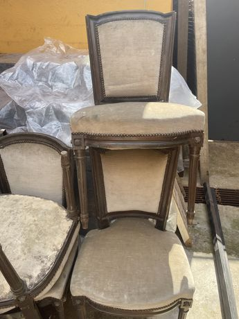 Quatro cadeiras para restaurar