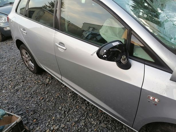 Seat Ibiza 4 LX7W 2012 drzwi błotnik prawy tył przód kombi