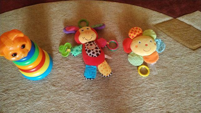 Іграшки в коляску, игрушки в коляску, пирамидка, іграшки хлопчик
