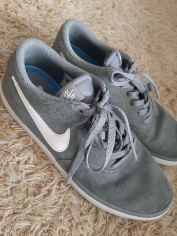 Trampki Nike rozm.44