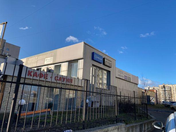Фасад Рампа Отдельно стоящее здание Харьковский Ахматовой Ревуцкого