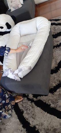 Ninho para bebê em bom estado