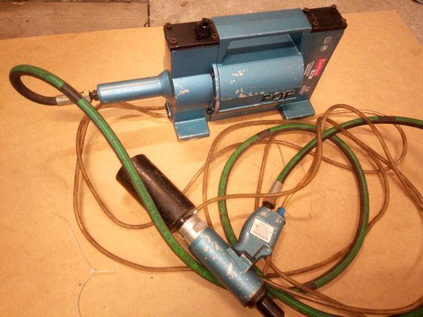 Nitownica pneumatyczna , hydrauliczna.