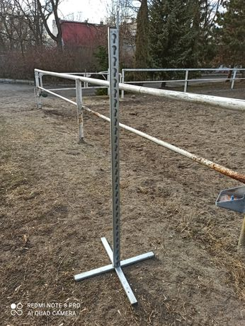 Stajak stojaki 150cm konie