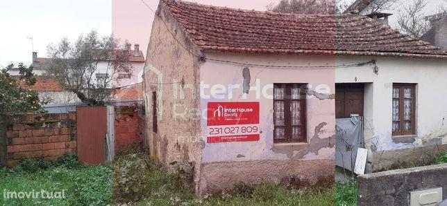 Moradia para Restaurar T2 Venda em Casal Comba,Mealhada