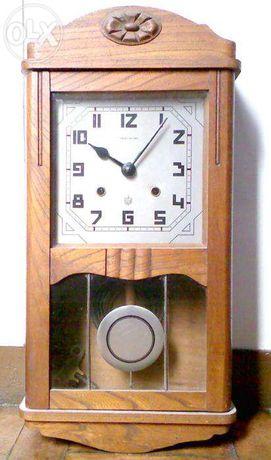 Relógio de parede da marca Reguladora