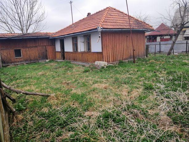 Земельна ділянка з старою хатою с. Корнич!