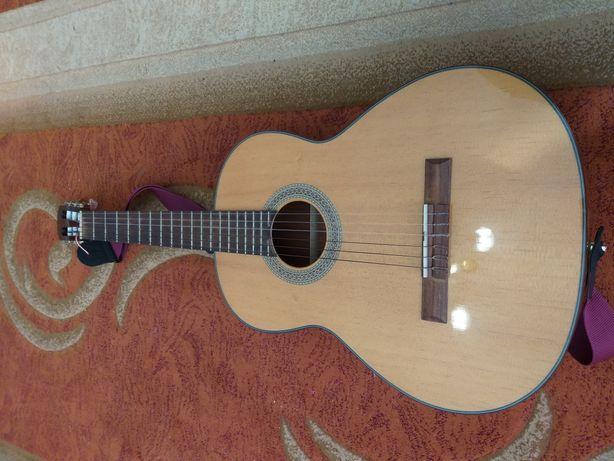 Классичиская гитара. Класична гітара CORT AC12 NAT