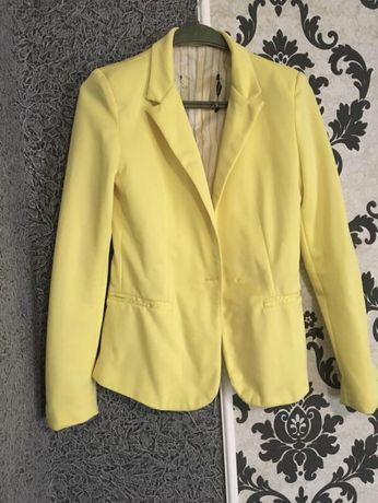 Zara  піджак жовтий
