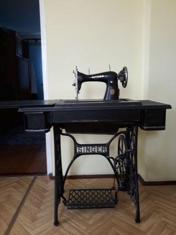Stara maszyna do szycia Singier