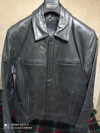 Куртка мужская. Кожа Оригинал.  48 размер.