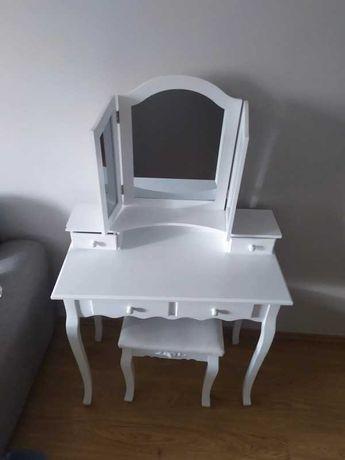 Toaletka biurko z krzesłem ozdobne 3 lustra szufladki