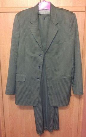 Деловой мужской костюм (пиджак и брюки, 52 размер)